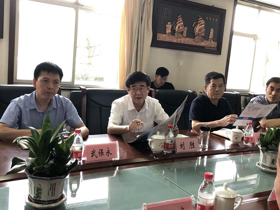 刘胜副市长走访调研包联企业(图)